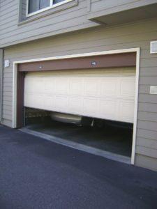 Besoin d'une réparation de porte de garage